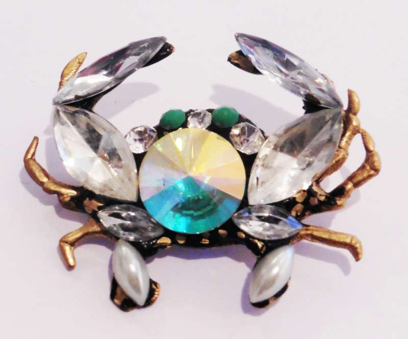 Crab Bee Brooch