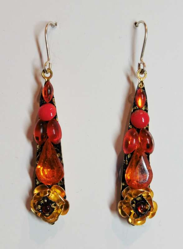 Orange medium drop earrings