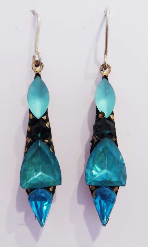 Turquoise medium drop earrings