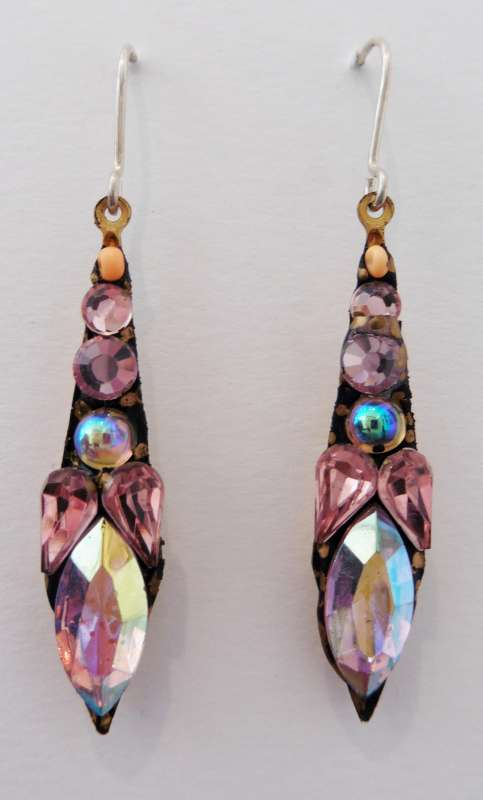 Medium pale pink drop earrings