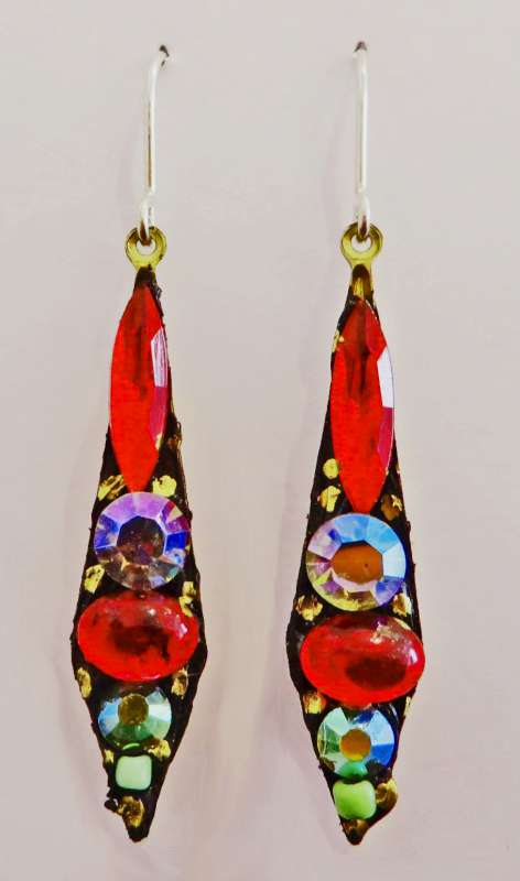 Medium red and white drop earrings