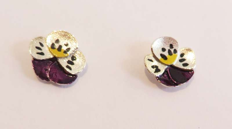 Pansy Stud Earrings