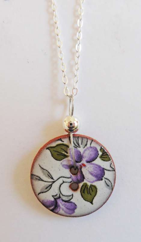 Violet floral disc necklace