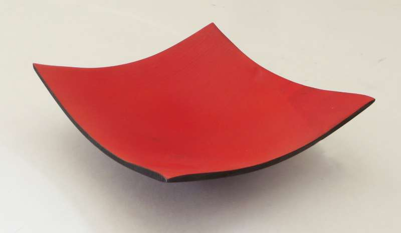 Red and black square bowl