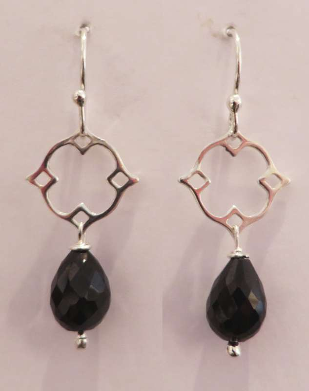 Silver Victoria clover drop earrings (onyx)