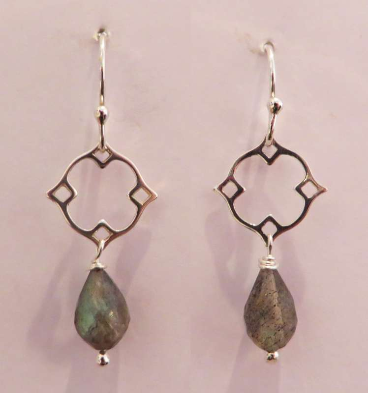 Silver Victoria clover drop earrings (labradorite)