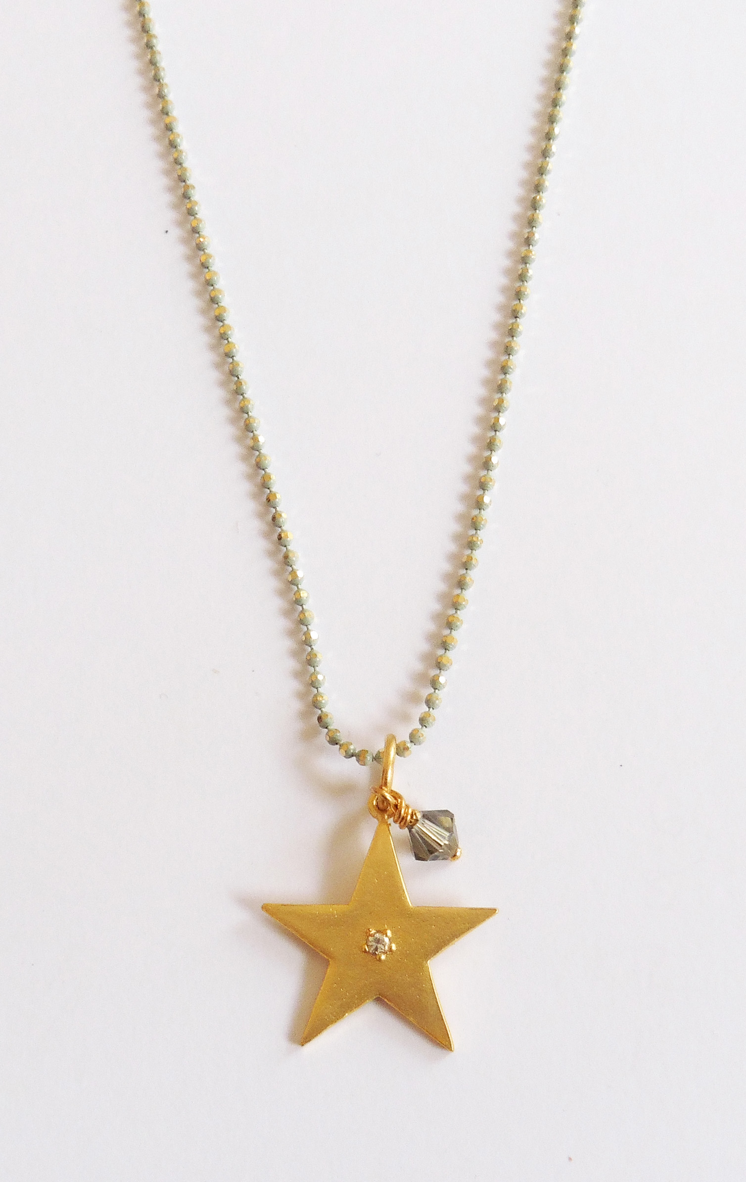 Gold-plated star pendant