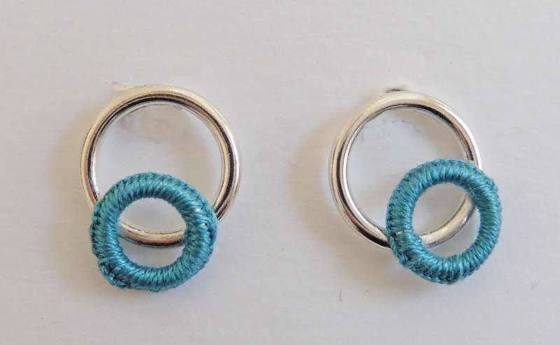 Mid-turquoise circle stud earrings