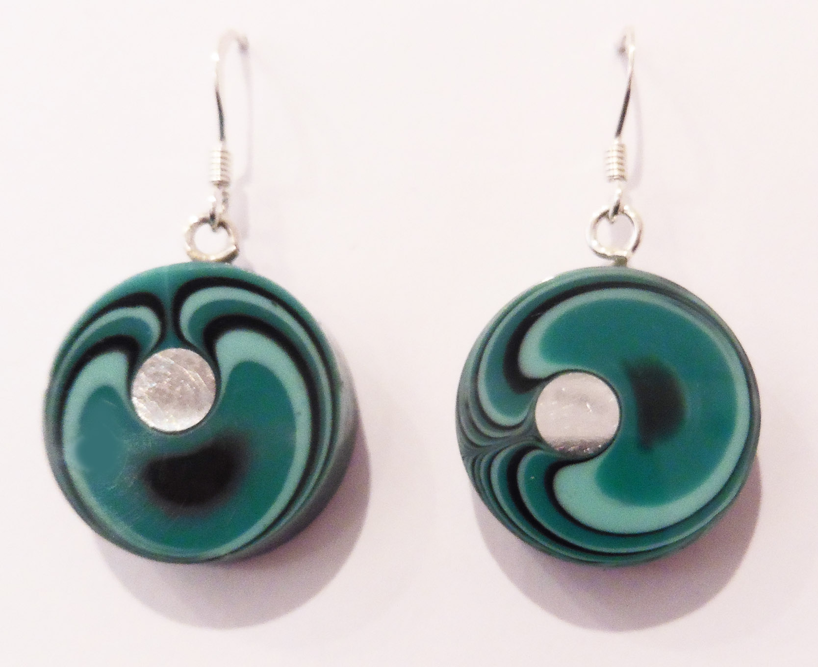 Round lagoon earrings