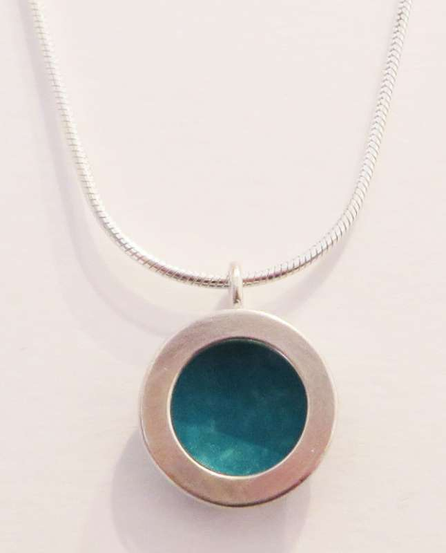 Silver and blue circle necklace