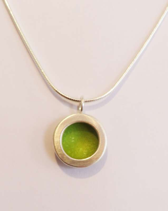 Silver and lime circle necklace