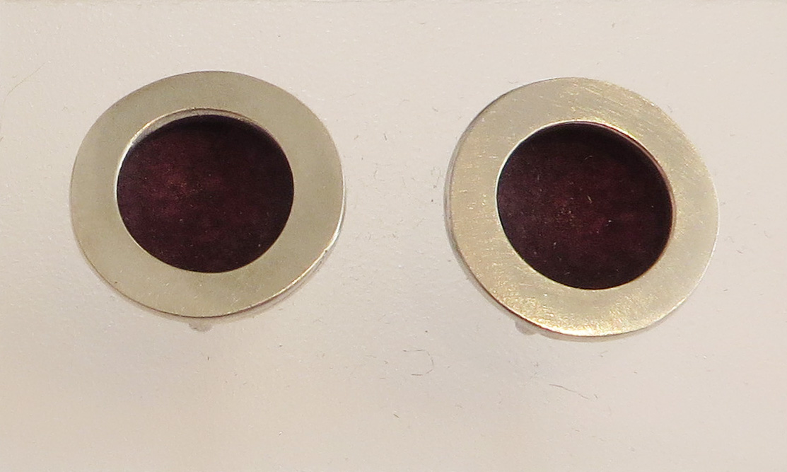 Silver and berry circle stud earrings