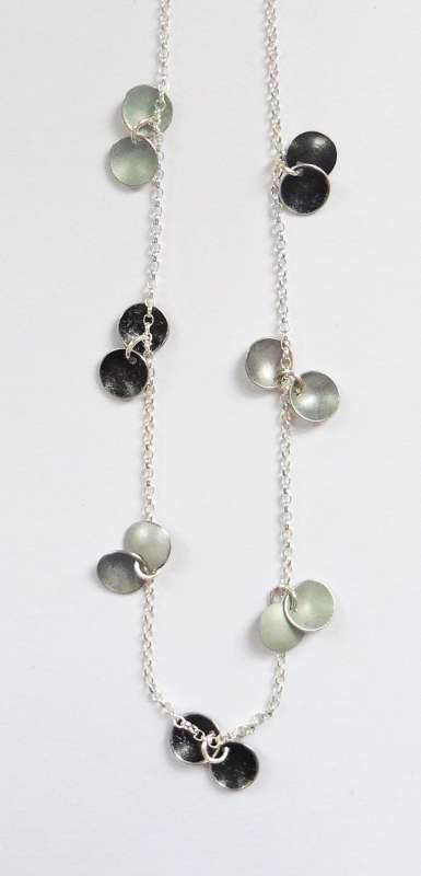 Light and dark grey disc necklace