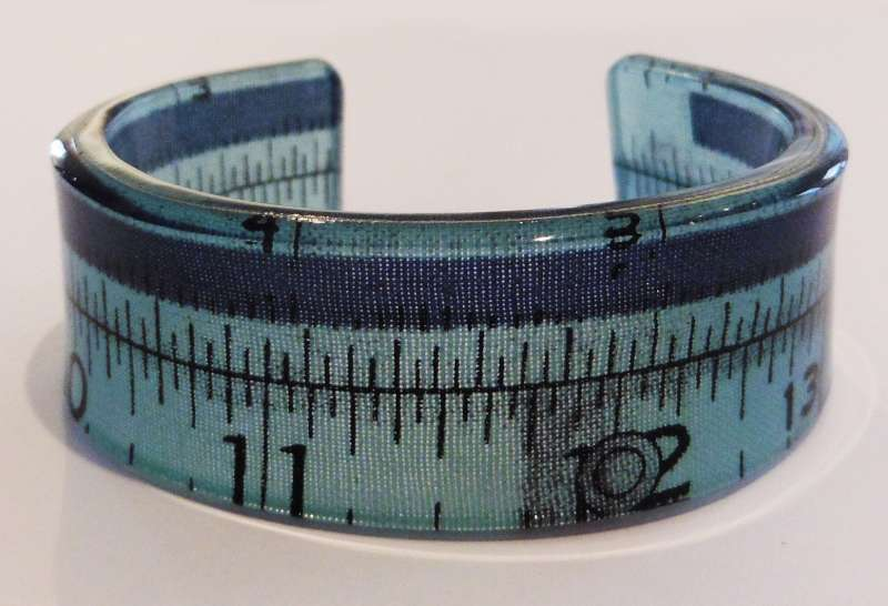 Tape measure double cuff - blue