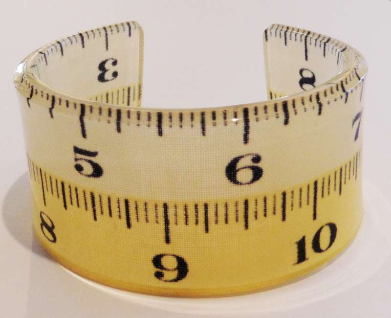Tape measure double cuff - cream