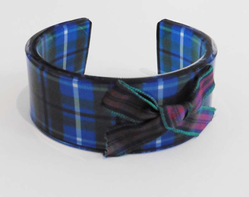 Tartan cuff with bow - blue