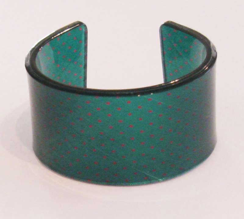 Old school tie cuff - green with red spots